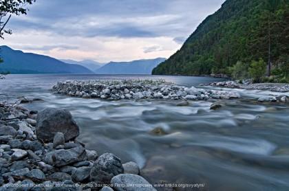 Телецкое озеро и река Большие Чили