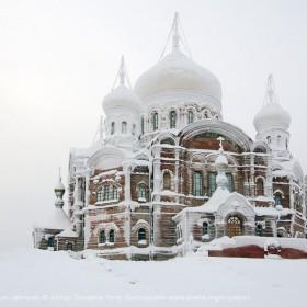 Крестовоздвиженский собор Белогорского Николаевского монастыря
