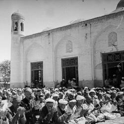 Мусульмане. Молитва в Хастемоме. 1920-30 гг. Макс Пенсон