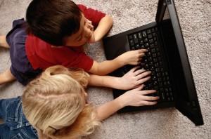 11 миллионов россиян считают Интернет опасным для России - всероссийский опрос службы Среда sreda.org