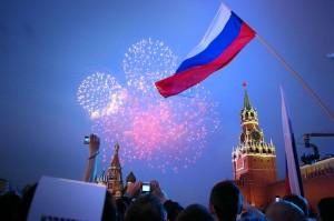 День государственного флага РФ - всероссийский опрос службы Среда sreda.org