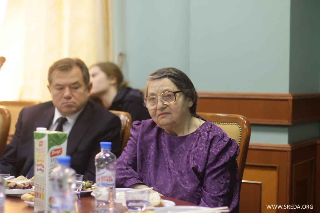 Мама и брат Юлии Синелиной